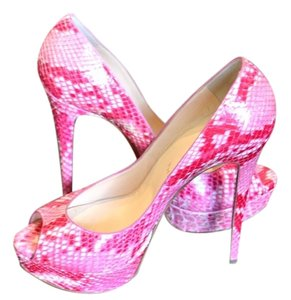 Christian Louboutin Lady Pink Pumps