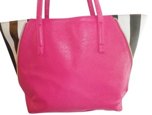 Juicy Couture Tote in pink/black/white