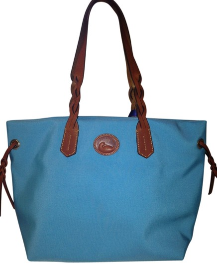 Preload https://item1.tradesy.com/images/dooney-and-bourke-in437-sk-shopper-sky-nylon-with-leather-trim-tote-1195735-0-0.jpg?width=440&height=440