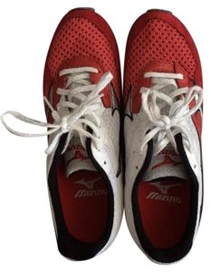 Mizuno Running Racing Flat Trainer Sneaker Track White and Red Athletic