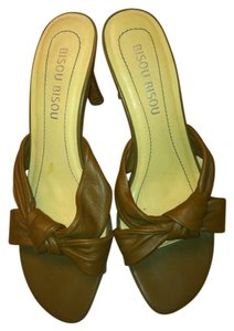 Bisou Bisou Heels Leather Camel Sandals