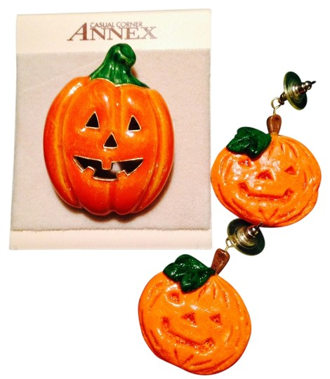 Casual Corner Annex Pumpkin Pin and Earrings