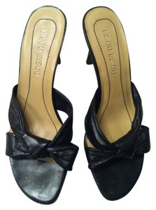 Bisou Bisou Genuine Leather Black Sandals
