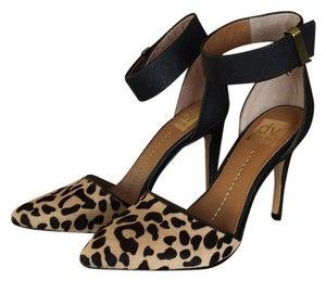 DV by Dolce Vita Pumps