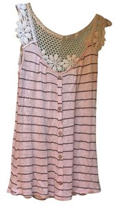 Blue Bird Top Pale pink/ blush with black and cream