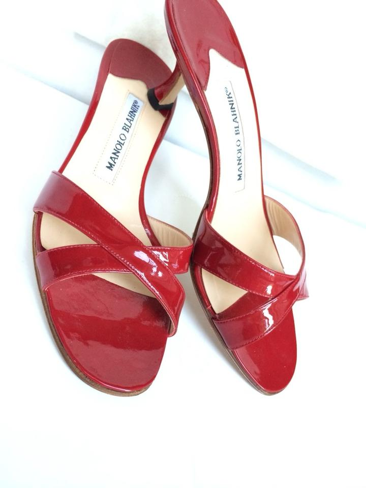 77410f5e08e Manolo Blahnik Red Red Patent Leather Low Heel Designer Sandals Image 6.  1234567