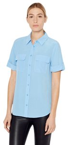 Equipment Silk Button Down Slim Signature Short Sleeve Blue Top Parisian Blue