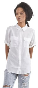 Equipment Silk Button Down Slim Signature Short Sleeve Top bright white
