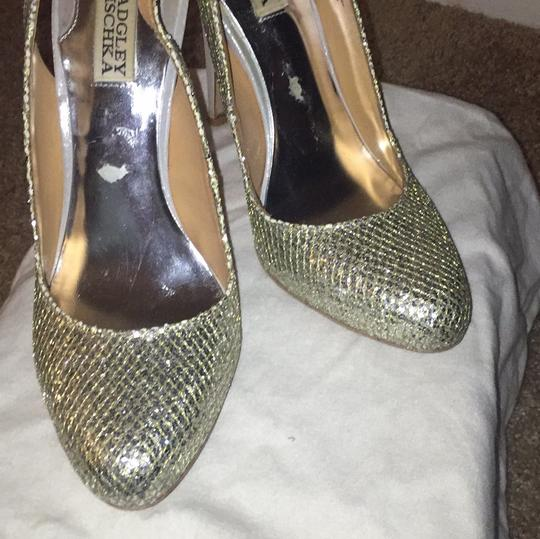 Badgley Mischka Gold/Silver Metallic Pumps