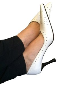 Adrienne Vittadini Leather Cut-out White B&W Pumps