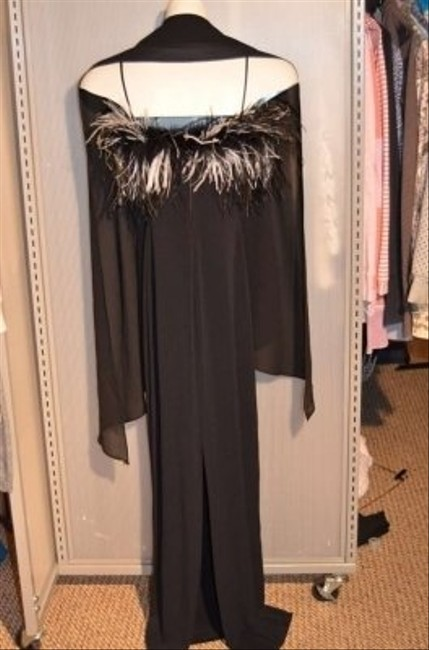 ROBERTA Fabulous Stunning Cocktail Lots Of Feathers! Size Small Very Stretchy Straight Long Spaghetti Straps Comes With Sheer Dress