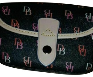 Dooney & Bourke Wristlet in Black