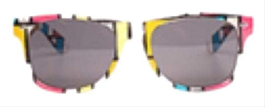 Preload https://item3.tradesy.com/images/white-the-block-sunglasses-11984122-0-1.jpg?width=440&height=440