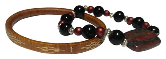 Preload https://img-static.tradesy.com/item/11984668/brown-2-piece-gemstone-and-wood-a129-bracelet-0-4-540-540.jpg