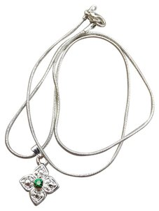 Boutique New Cute & Classy Silver Necklace & Pendant