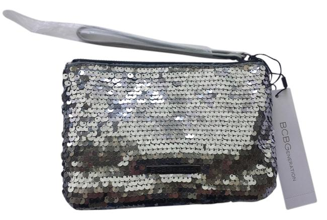 Item - Clutch Brown Silver Sequin Wristlet