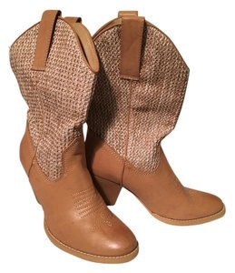 Sbicca Tan Boots