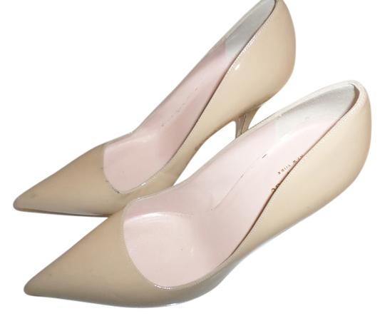 Preload https://img-static.tradesy.com/item/11988343/kate-spade-nude-lana-laser-cut-pumps-size-us-85-regular-m-b-0-1-540-540.jpg