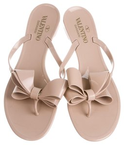 f96533e8c2ce11 Valentino Bow Sandals - Up to 70% off at Tradesy (Page 5)