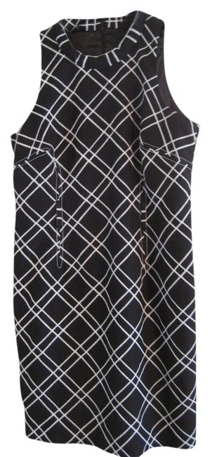 Preload https://item2.tradesy.com/images/mixit-black-and-white-knee-length-workoffice-dress-size-14-l-1199086-0-0.jpg?width=400&height=650