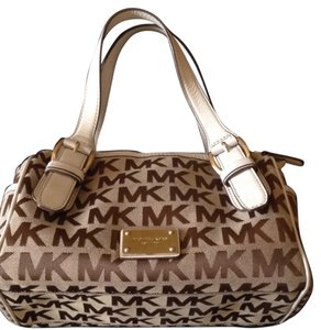 MICHAEL Michael Kors Tote in Bronze And White