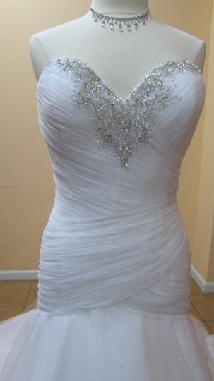 Alfred Angelo White/Silver Tulle 261a Modern Wedding Dress Size 12 (L)