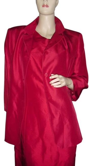 Preload https://item4.tradesy.com/images/style-and-co-red-co-2pc-pure-silk-w-matching-silk-jacket-fashionista-boutique-knee-length-cocktail-d-11993323-0-1.jpg?width=400&height=650