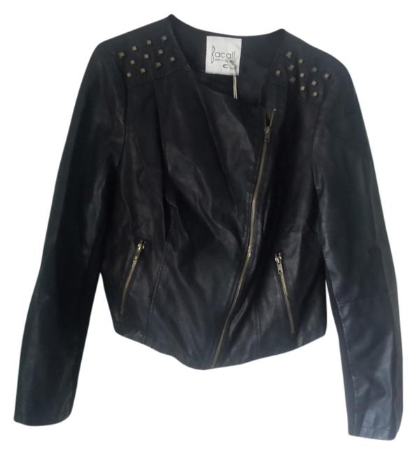 Preload https://img-static.tradesy.com/item/11994913/black-leather-jacket-size-6-s-0-1-650-650.jpg
