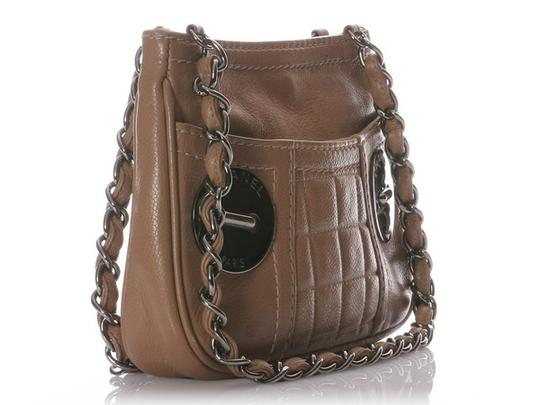 Chanel Ch.h0131.06 Quilted Silver Hardware Cc Shoulder Bag
