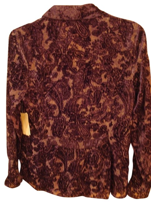 Preload https://img-static.tradesy.com/item/11995435/coldwater-creek-dark-maroon-velvet-paisley-burnout-shirt-womans-button-down-top-size-petite-4-s-0-1-650-650.jpg