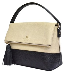 Kate Spade Cream/black Cross Body Bag