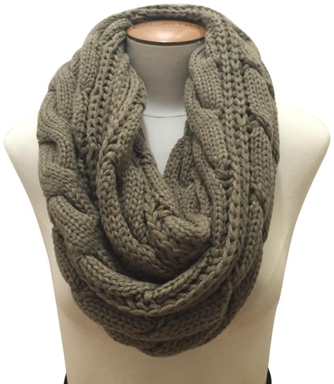 Preload https://img-static.tradesy.com/item/11996230/taupe-chunky-solid-color-cable-knitted-infinity-scarfwrap-0-3-540-540.jpg
