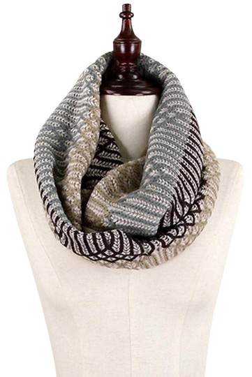 Preload https://item3.tradesy.com/images/taupe-grey-brown-neutral-ogee-pattern-knit-infinity-scarfwrap-11996662-0-3.jpg?width=440&height=440