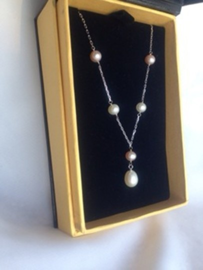 White and Pink Fresh Water Pearls Box Necklace