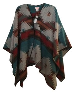 re:named Aztec Print Colorful Trendy Flowy Cape