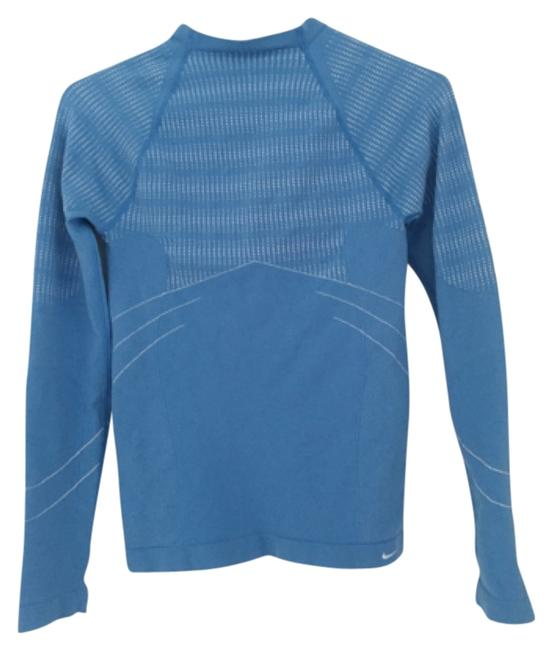 Preload https://item2.tradesy.com/images/nike-blue-sphere-dry-activewear-top-size-4-s-27-11999116-0-1.jpg?width=400&height=650
