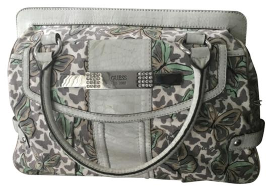 Preload https://item4.tradesy.com/images/guess-white-and-green-leather-satchel-11999353-0-1.jpg?width=440&height=440