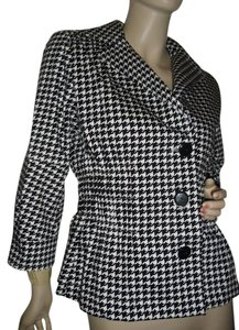Joan Rivers black and white Blazer