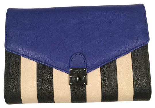 Preload https://img-static.tradesy.com/item/12004999/steve-madden-striped-royal-blue-wristlet-0-1-540-540.jpg