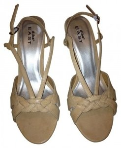 Diba East Tan with wood heel Pumps