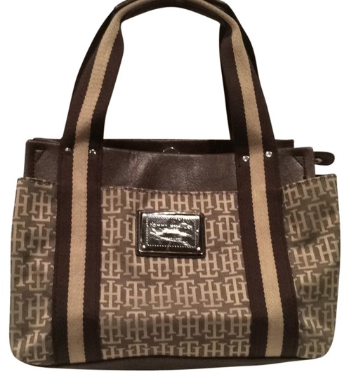 Preload https://item3.tradesy.com/images/tommy-hilfiger-small-tote-brown-and-beige-baguette-12005227-0-1.jpg?width=440&height=440