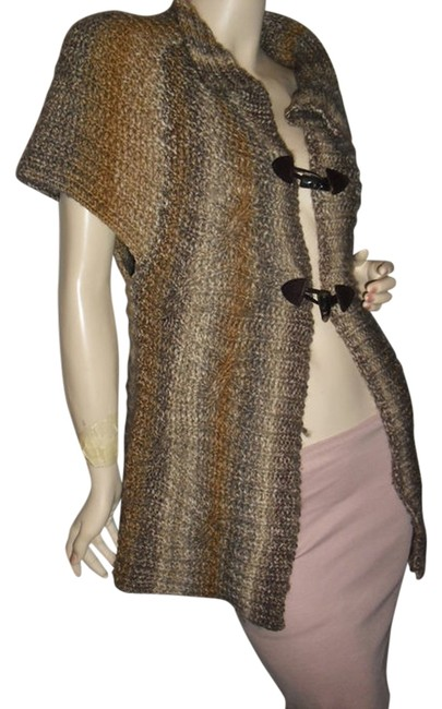 Preload https://img-static.tradesy.com/item/12005362/beige-all-shades-made-in-italy-ombre-gray-cardigan-unique-italian-fashionista-style-boutique-sweater-0-1-650-650.jpg