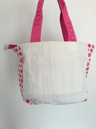TOUS Beach Vacations Tote in White Pink