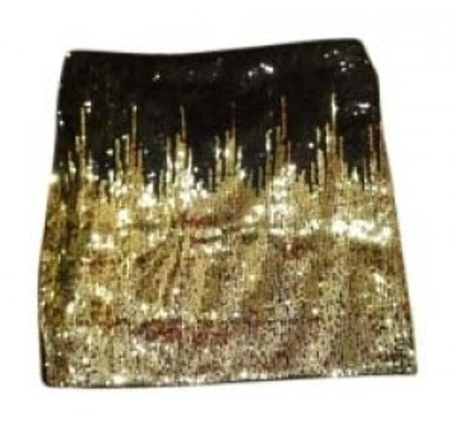Preload https://item4.tradesy.com/images/divided-by-h-and-m-black-white-gold-sequence-sparkle-pretty-party-formal-miniskirt-size-4-s-27-120068-0-0.jpg?width=400&height=650