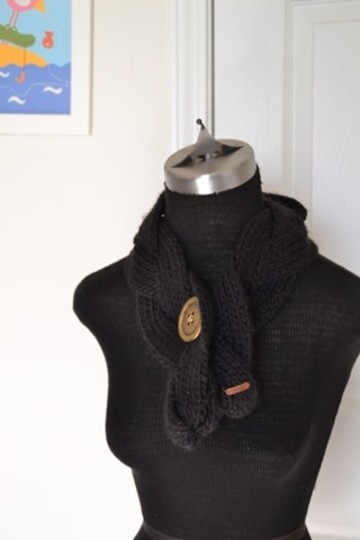 Fossil Fossil Knit Button Scarf