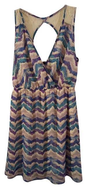 Preload https://img-static.tradesy.com/item/12008950/purple-and-blue-multi-print-like-new-short-casual-dress-size-petite-6-s-0-1-650-650.jpg