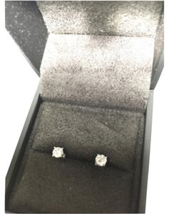 Fine Diamond Jewery 0.4 CT 14K White Gold Diamond Studs Earrings (Color- H Clarity I1)