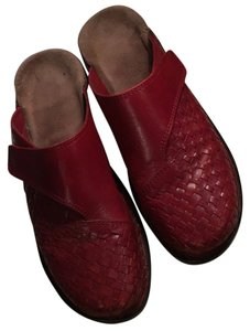Clarks Red leather Flats