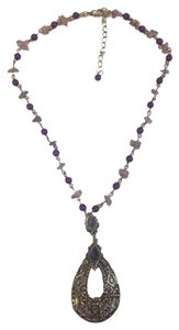 Other purple necklace