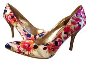 Rampage Floral--Pink, Blue, Green, White Pumps